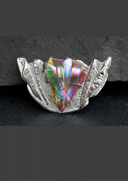 UAP281 - fused silver and dichroic glass 'Art by May' pastel