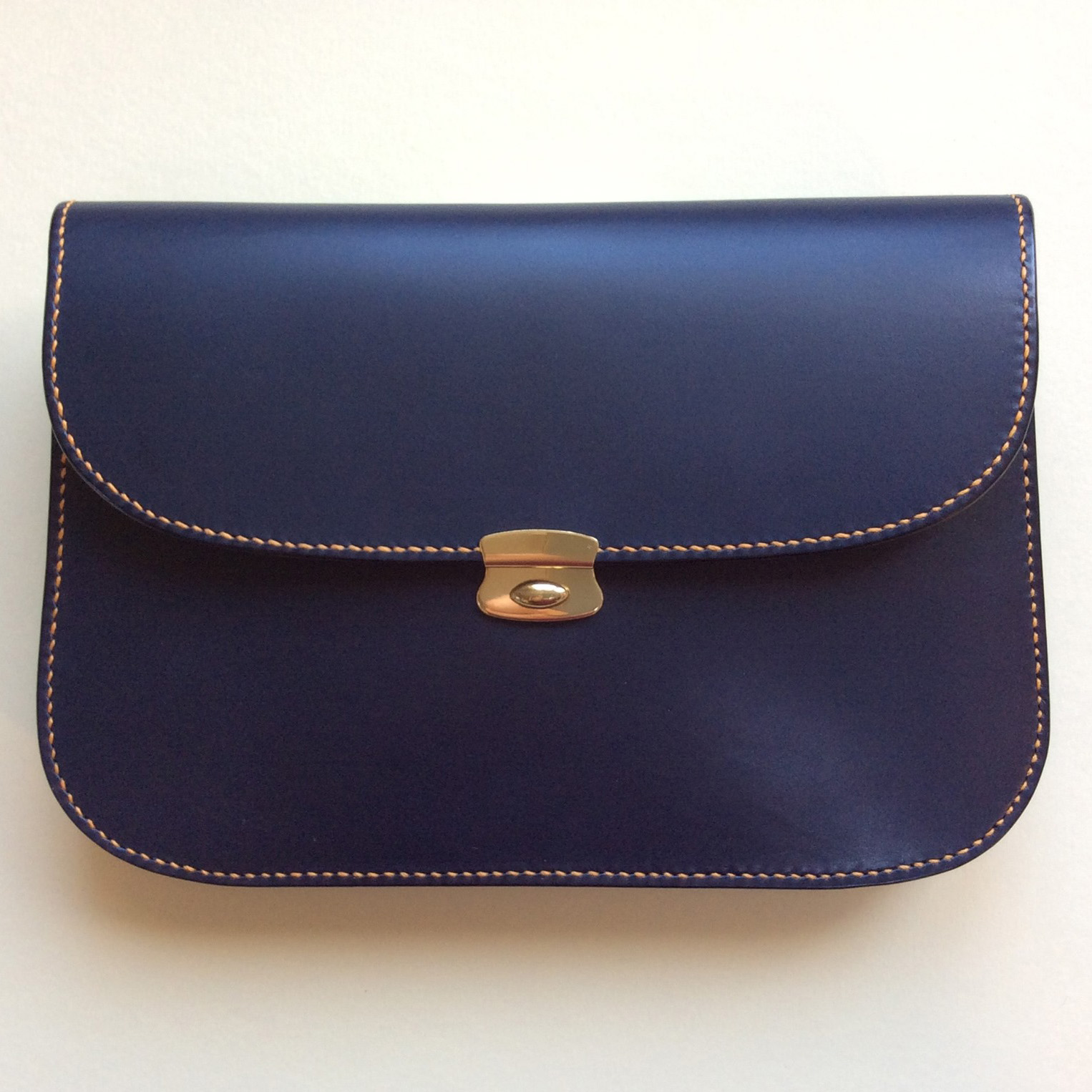MacGregor and Michael blue pursesq